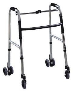 Deambulatore 4 ruote